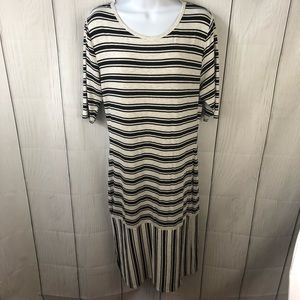 NWOT LuLaRoe Julia cream & black Dress